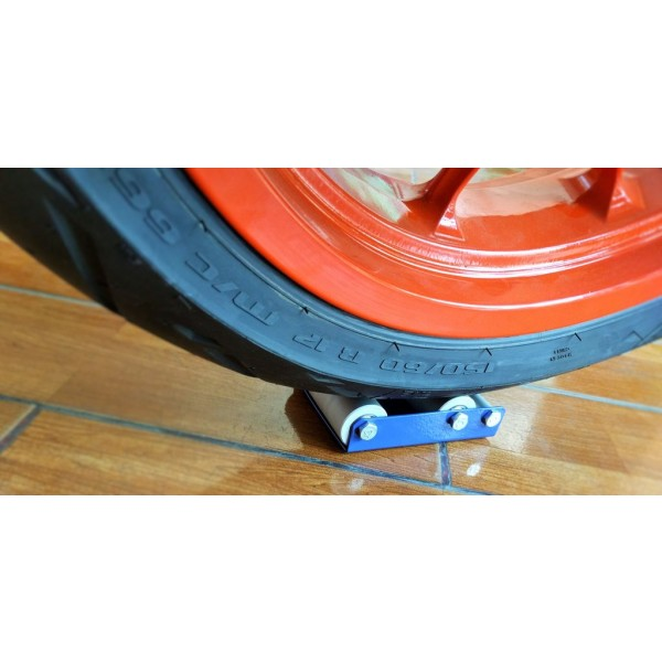 Paddock Stand Replacement - Wheel Roller for Cleaning and Lubrication (Bikes < 170 kgs and Tyre width <170 mm) - GRoller Small